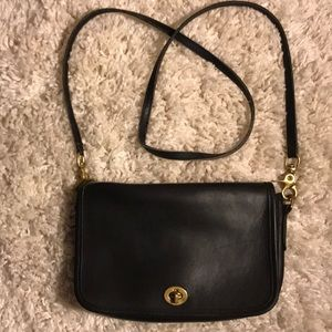 "Coach vintage ""Shoulder Purse""  No. 9755"